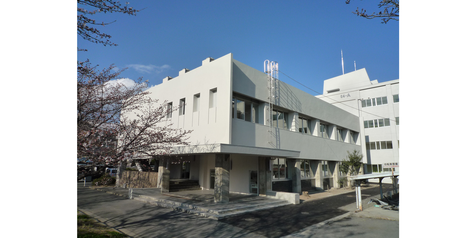 佐藤建築事務所「岡山大学講義棟リノベーション」